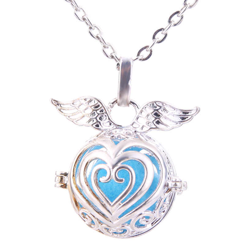Angel Wings Aroma Diffuser Necklace Open Fashion Locket Pendant Hollow Creative Perfume Essential Oil Diffuser Jewelry