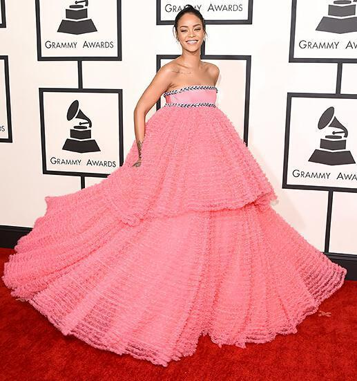 New Arrival Pink  Celebrity Dresses  Rihanna Pink Strapless Beaded Celebrity Evening Ball Gown Prom Dress 2015 Grammy Awards
