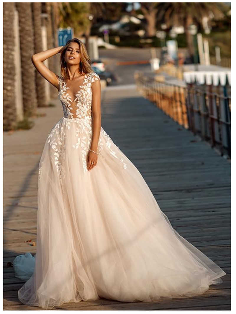 Lorie Boho Wedding Dress 2019 Lace Appliques Beach Bride Dresses Illusion Back Puff Tulle Wedding Gowns Backless Floor Length