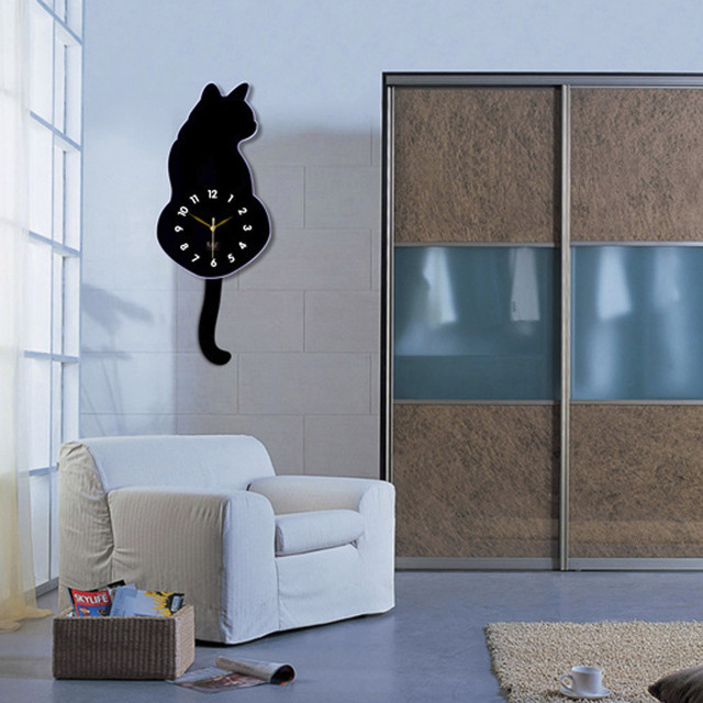 Wall Clock – Hanging Tail