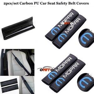 Cinturones de seguridad para automóviles 2 unids/set correas con relleno para asiento de coche cubiertas de fibra de carbono pu para Logo Mopar cinturones superventas se ajustan a todo el emblema del coche