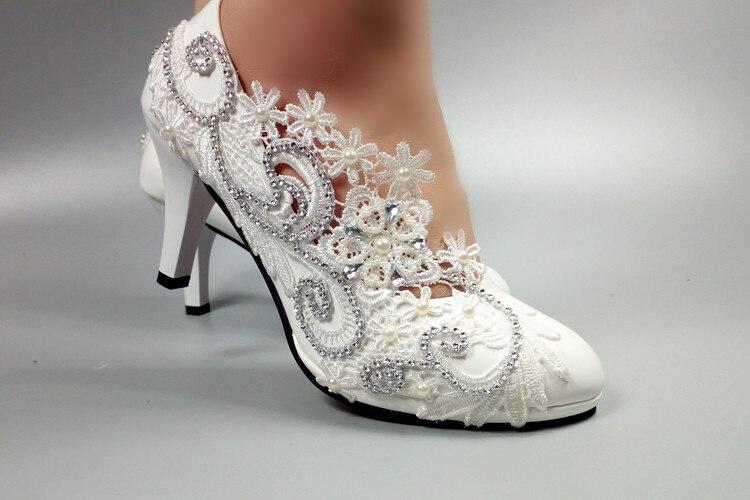 Lacets de luxe européens à la main chaussures de mariage en ivoire femme HS036 femmes dentelle fleur argent cristal plus tailles chaussures de mariées-in Escarpins femme from Chaussures    2