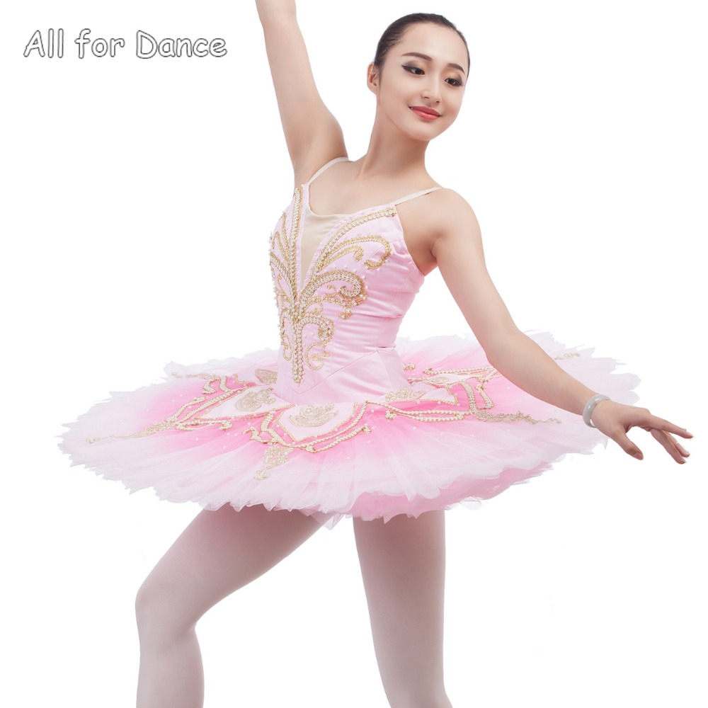 d2cf38181ef141 € 226.45 |Haute Qualité Rose Couleur Spandex Corsage Ballerine De Danse  Costume Tutu Femmes & Fille Professionnel Classique Crêpe Tutu dans Ballet  ...