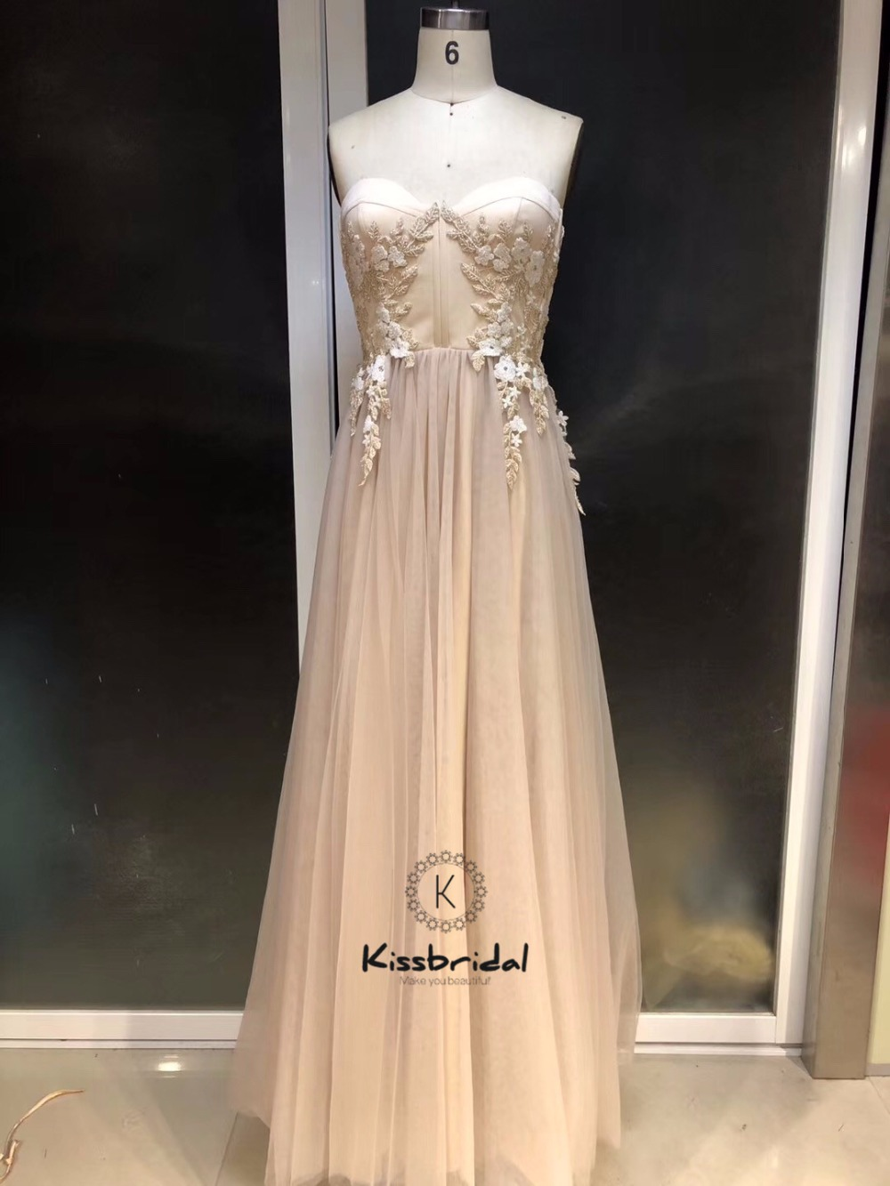Elegant A-line   Prom     Dresses   Long 2019 Sweetheart Neckline Appliques Tulle Evening   Dress   Party Gown