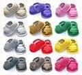 Nuevo diseño caliente de la pu borlas de cuero mocasín bebé del verano muchacha de La Princesa zapatos del niño de prewalker primer caminante multi color blanco rosa