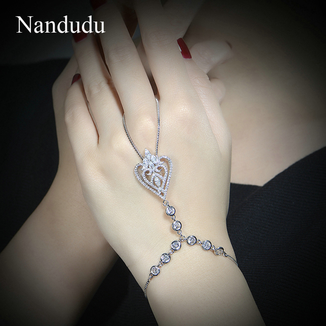 Nandudu NEW ARRIVAL Hand Chain Bracelet White Gold Plated Fashion Women Chic Crystal Bangle Jewelry Gift R1075