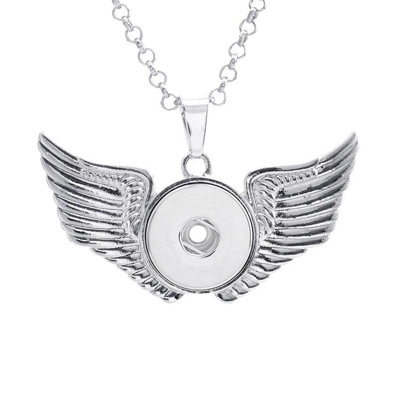 4e0b1687b4f4 Nuevo diseño exagerado Wing 18mm Snap botón collares mujer Bohemia collares  y colgantes con Cuentas collar de las mujeres yy355