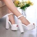 2016 Novo estilo de salto alto plataforma sandálias das mulheres do dedo do pé aberto sandálias de salto grosso do sexo feminino sapatos de verão tamanho grande 9