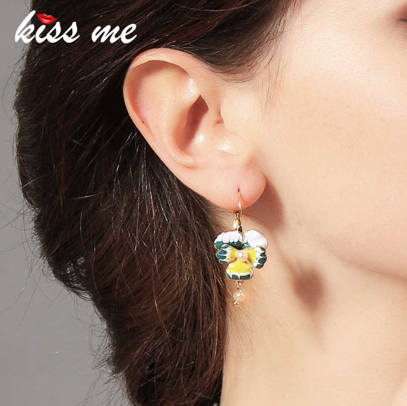 Fashion fashion accessories oil phalaenopsis flower women's sweet earrings Factory Wholesale