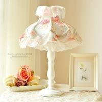 European style lamp Lace table lamp Princess Room girls bedroom children room Korean small fresh floral fabric lamp