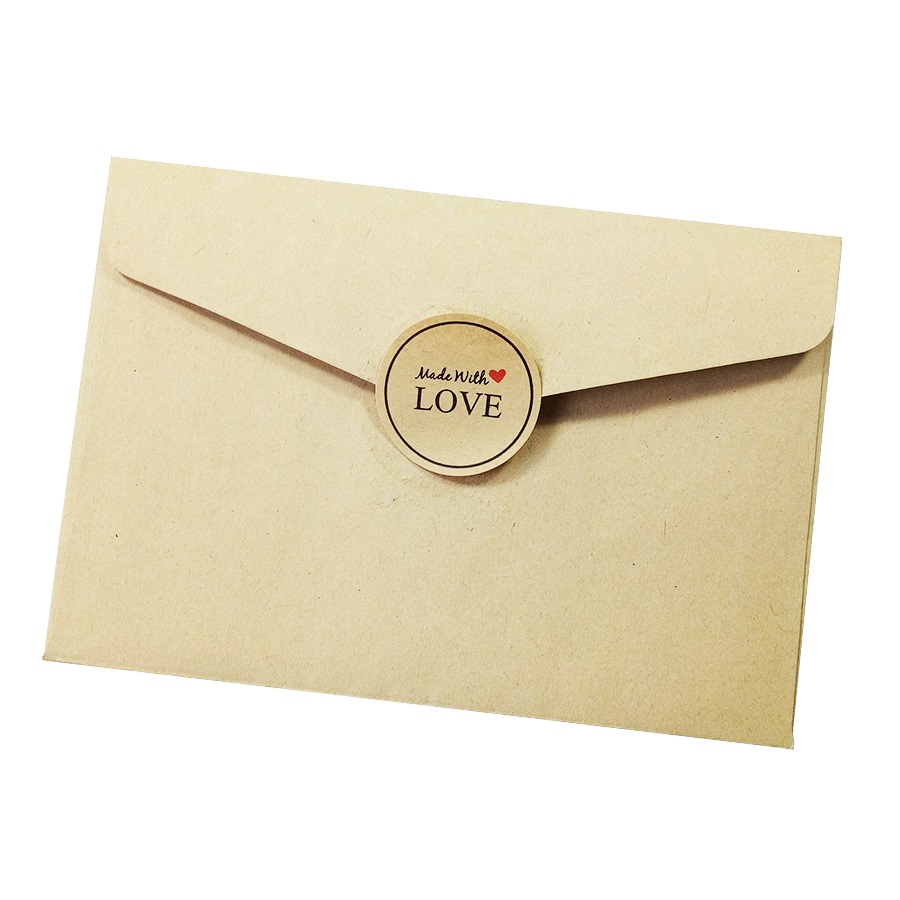 Купить с кэшбэком 100pcs/pack 'Hand Made With Love' Red Heart Kraft Paper Seal Sticker Envelopes Stickers Gift Packaging Decoration Label Sticker