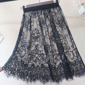 Image 5 - Kobiety jesień zima koronkowe spódnice na co dzień elegancka siateczka mesh przezroczysta Hollow Out krótka linia czarny biała spódnica Overskirt podkoszulek