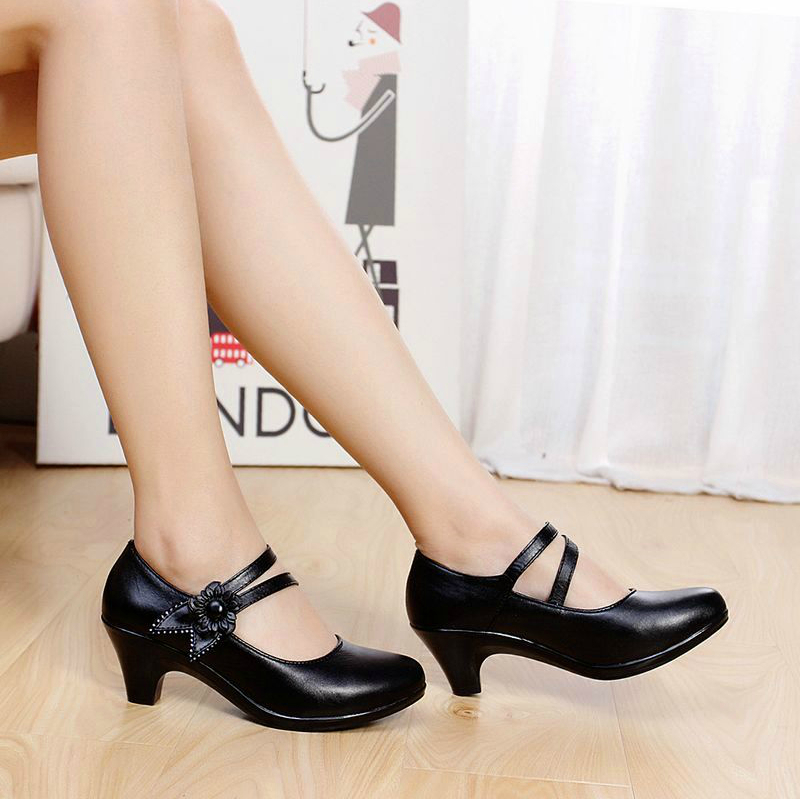 ALISHINREY women genuine leather shoes woman office shoes lady work shoes  comfort mother casual shoes pumps women plus size 41-in Women s Pumps from  Shoes ... 567cb18be8