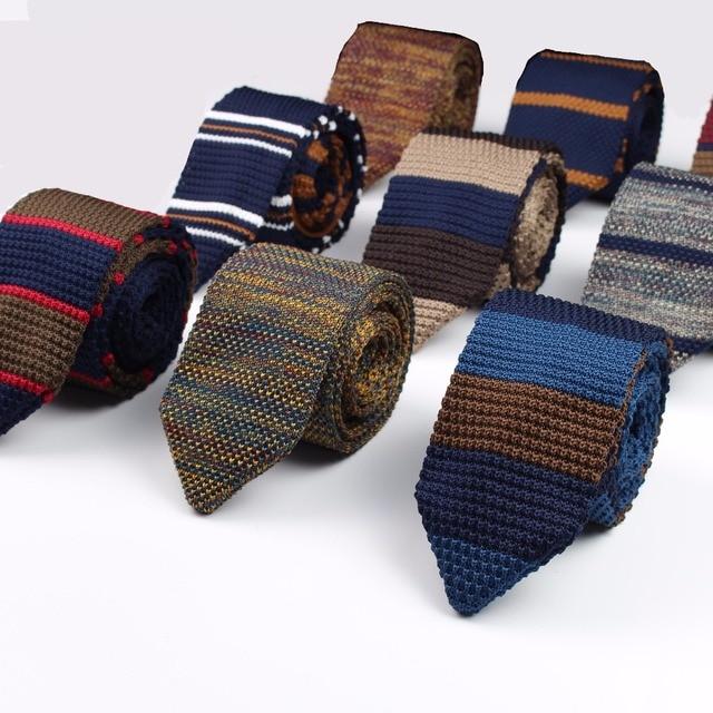 Yeni Örme Örgü Eğlence Üçgen Çizgili Bağları Normal Keskin Köşe Boyun Bağları Erkekler Klasik Dokuma Tasarımcı Kravat