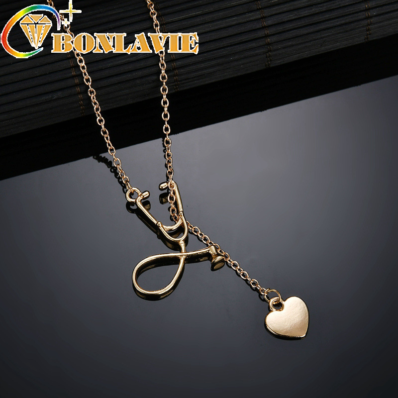 2018 New Stainless Steel Heart Pendant Necklaces Gold Silver Color Women Fashion Jewelry Engagement Heart Link Chain Necklace