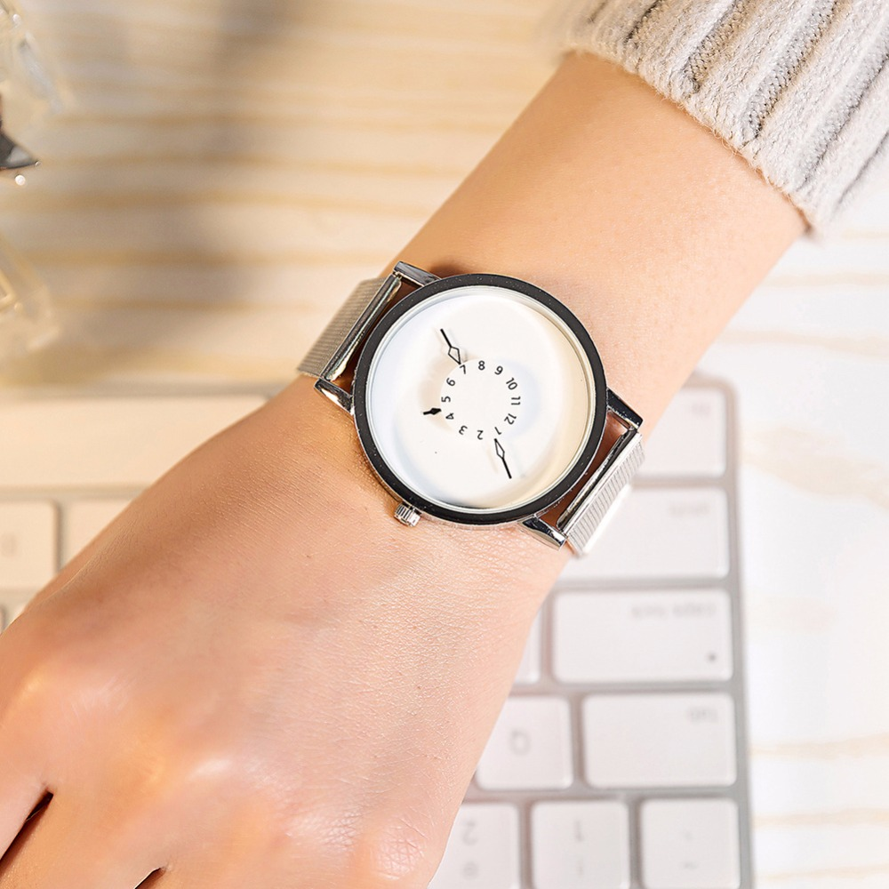 BGG Fashion New Design Watches Men Women Quartz Clock Stainless Steel Mesh Creative Watch Popular Black White Lovers' Wristwatch