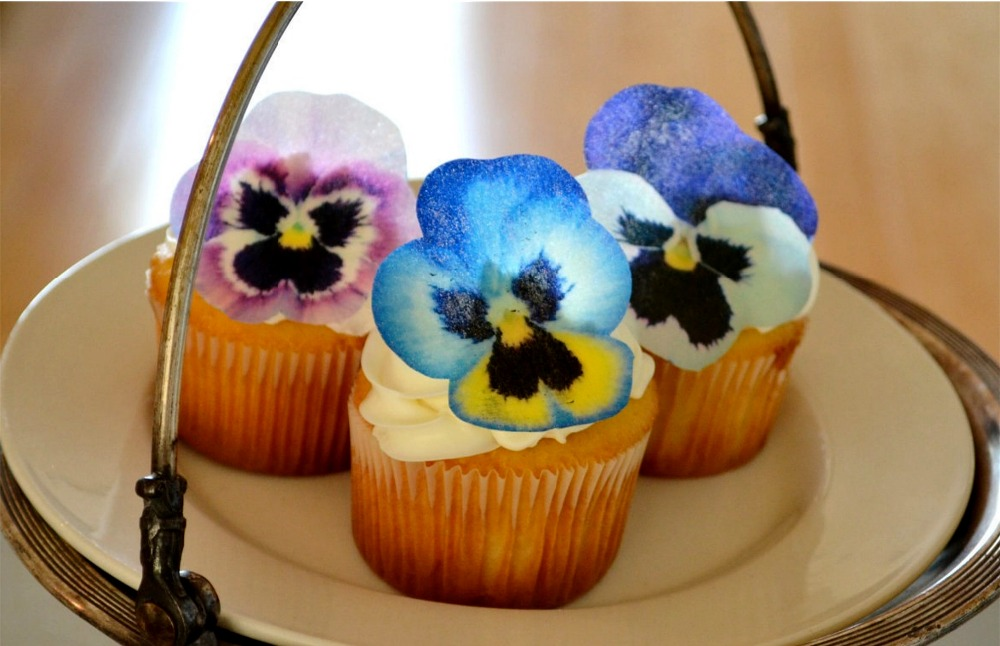 24 Pansy Flower Edible cake topper wafer rice paper cake Cupcake ...