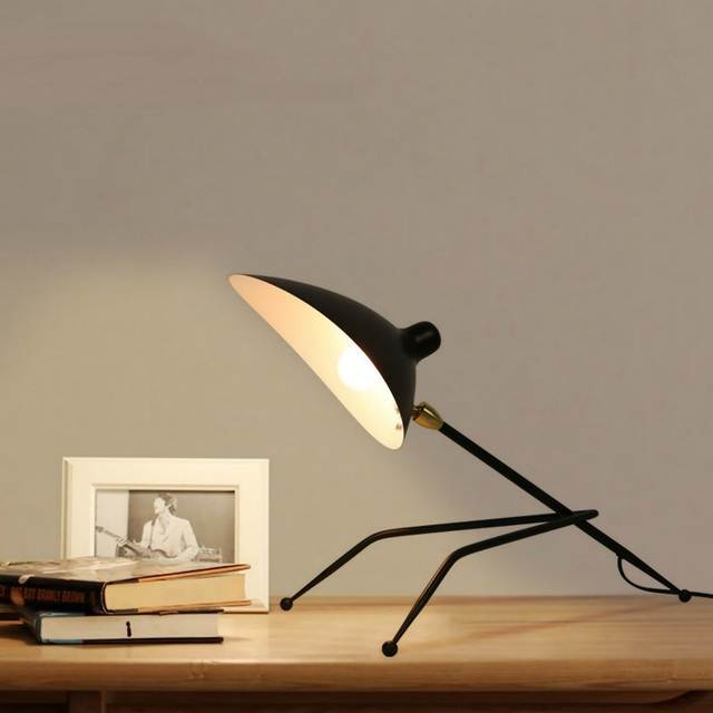 Personalized Iron Table Lamps Industrial Winds Creative Study Bedroom  Bedside Living Room Loft Retro Funny Black table lights ZA