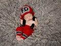 2 шт. 1 компл. Hat + Брюки Пожарные Храбрый Ручной Вязки Новорожденный Новорожденный Младенец Ребенок Вязание Одежды Одежда Ребенка набор