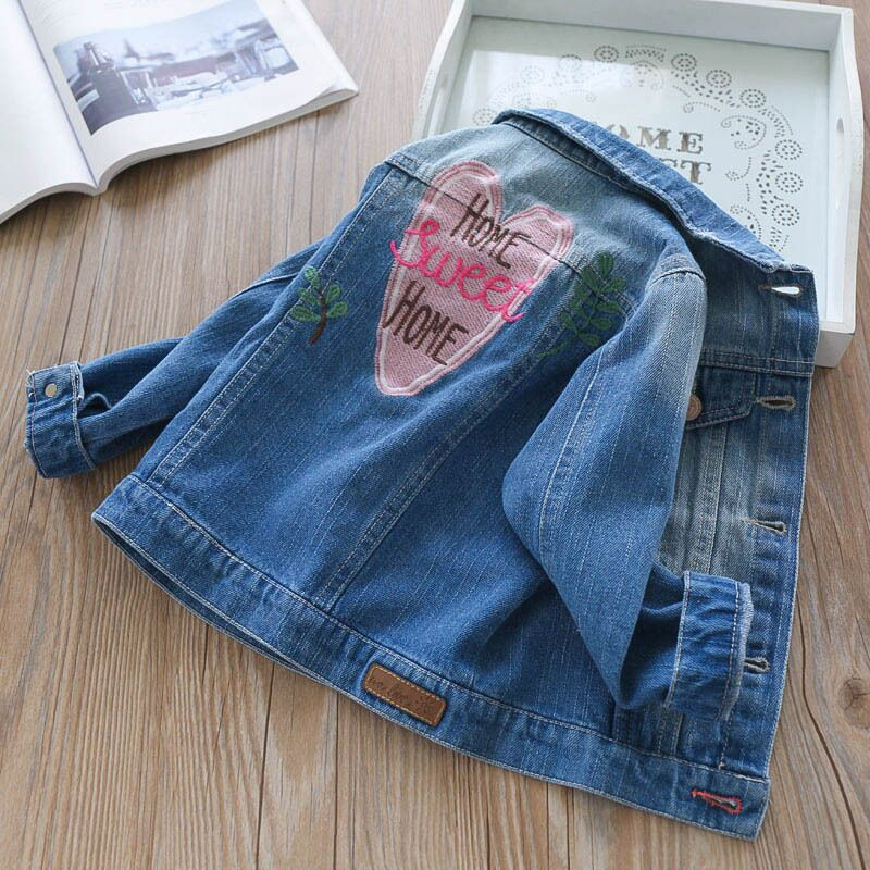 Baby Girls Denim Coats Toddlers Denim Jackets Vintage Jeans Jackets for Girl Infant Jean Love Flower Embroidery Girl Outerwear scratch kids girls outerwear denim jeans jackets for children embroidery flower baby girl coats infant autumn clothing outfits