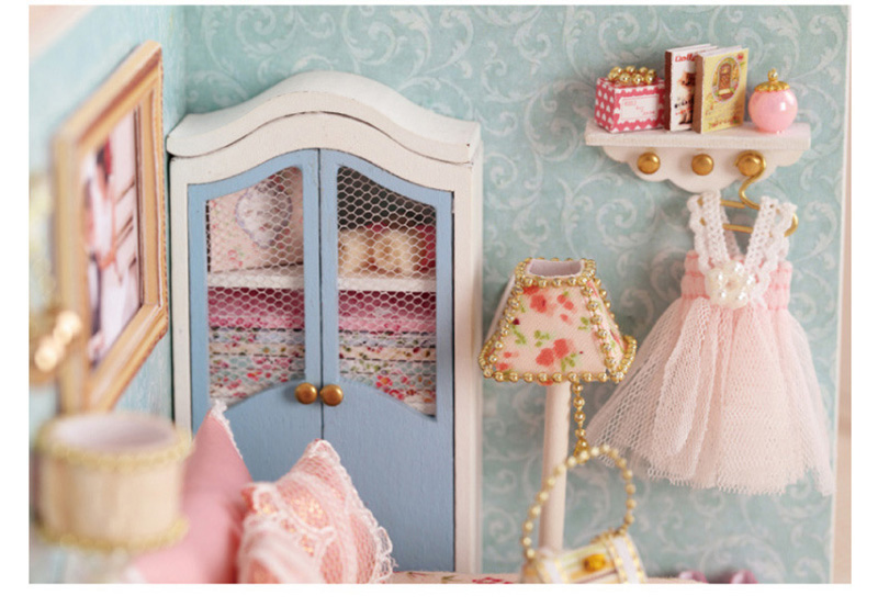 DIY Wooden Doll House Miniature Furniture Toy 3D Handmade Miniaturas Dollhouse Assemble Kit Toys for Birthday Gifts Happy Moment (8)