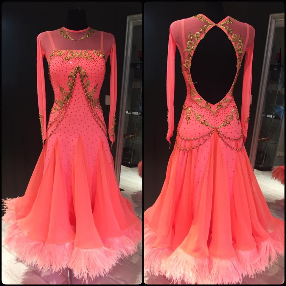 2018 New Ballroom Dance Competition Dresses Rose Red Longsleeve Backless Professional Dance Competition Dress Handmade