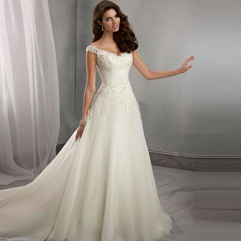 Свадебное платье из органзы с кружевом