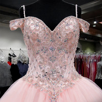 Розовый Роскошный бальное платье Бальные платья 2018 плюс размеры пикантные выпускные нарядное платье с бусами Vestidos de Debutante Ballkleid