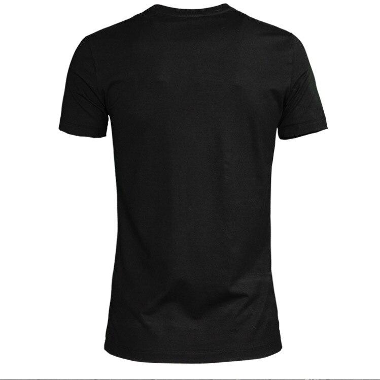 2019 nieuwe bee handgemaakte Indiase zijde geborduurde tij merk t shirt katoen mannen t shirt korte mouw-in T-shirts van Mannenkleding op  Groep 3
