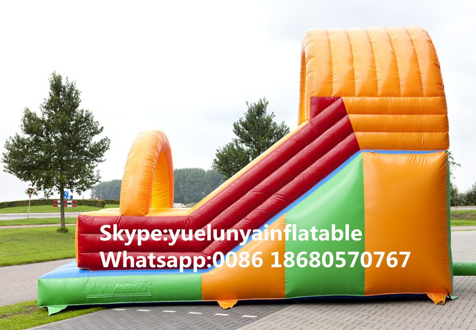 inflatable-clown-slide-3-940x652_