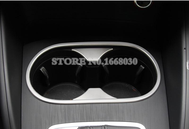 Audi A3 S3- ի ներքին ջրերի գավաթակիր - Ավտոմեքենայի ներքին պարագաներ - Լուսանկար 4