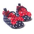 Azul bebê sapatos macios fundo antiderrapante criança sapatos arco branco de cor feitiço