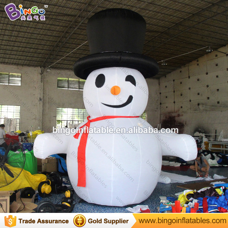 High quality inflatable led snowman outdoor, giant inflatable snowman, Christmas inflatable snowman with Led lights inflatable cartoon customized advertising giant christmas inflatable santa claus for christmas outdoor decoration