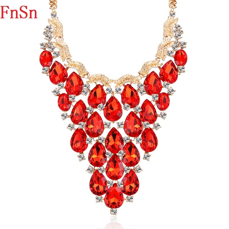 FnSn New Gold Chokers Crystal Declaración Colgante Collar Mujeres Wedding Party Rhinestone Collar Gota de agua joyería Parure N153