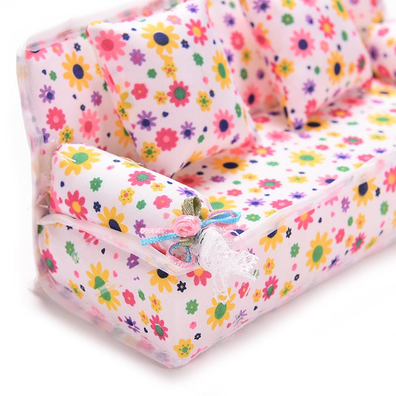 Dolls & Stuffed Toys 2 Cushions For Doll House Accessories For Kawaii Doll Gifts For Kids Modern Design New Arrival Mini Furniture Flower Sofa 20cm Couch