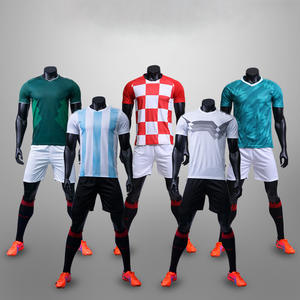 Soccer Jersey Customized Sportswear   shorts Football jerseys 2018 Adults    children 68d684102