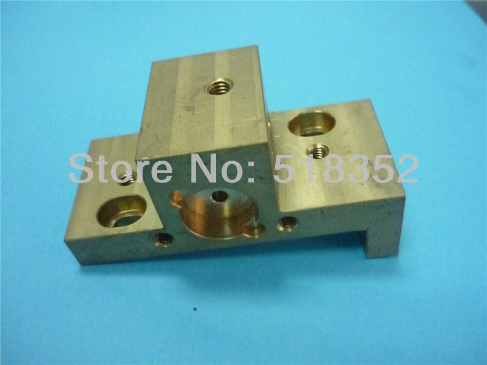 Sodick S874 Base de support de douille électrique pour tête de Machine inférieure, pièces de Machine de coupe de fil de WEDM-LS
