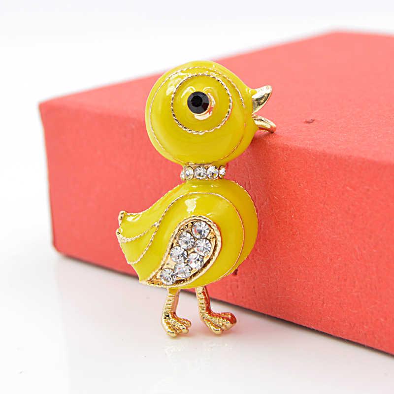 Cindy Xiang Kecil Yang Lucu Bebek Bros Pin Kuning Enamel Hewan Bros Pin Musim Panas Anak T-shirt Pin Rhinestone Perhiasan Drop Pengiriman