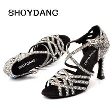 SHOYDANC Для женщин сальса вечерние бальные туфли Латинская танцевальная обувь, большие и маленькие размеры Стразы блестящие сандалии решетки блеск кубинский каблук 9 см