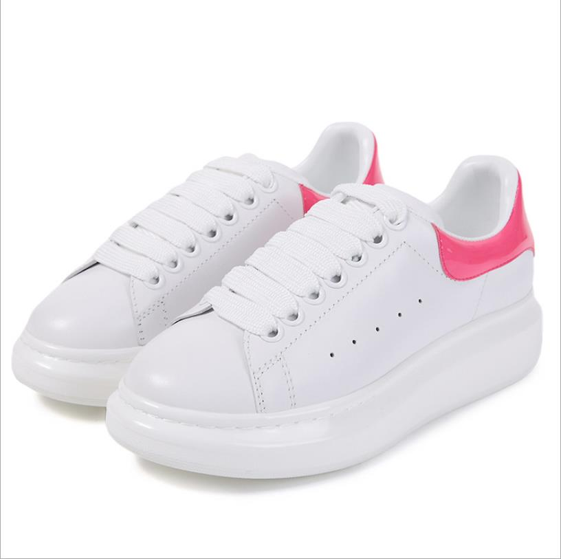 2018 fashion new small white shoes leather womens shoes Korean version of the wild low-cut lace shoes 2018 fashion new small white shoes leather womens shoes Korean version of the wild low-cut lace shoes