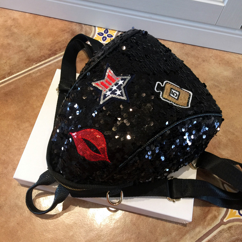 2019 Sequined Backpacks Teenager Girls PU Lips Bling Backpack Glitter Girls Travel Shoulder Bags School Bag Women backpacks 965 4