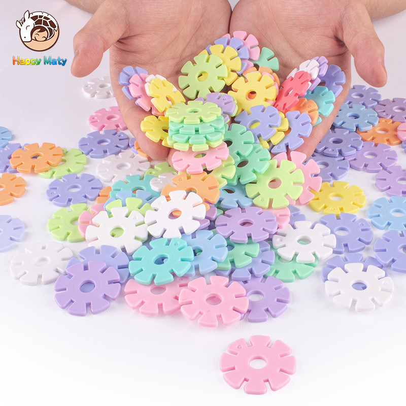 2018 New Macaron Color Snow Snowflake Building Blocks Toy Bricks DIY Assembling Classic Early Educational Learning Toys for Kids diy model building kits robot puzzle desktop toys assembled learning educational toy children bricks assembling classic gift