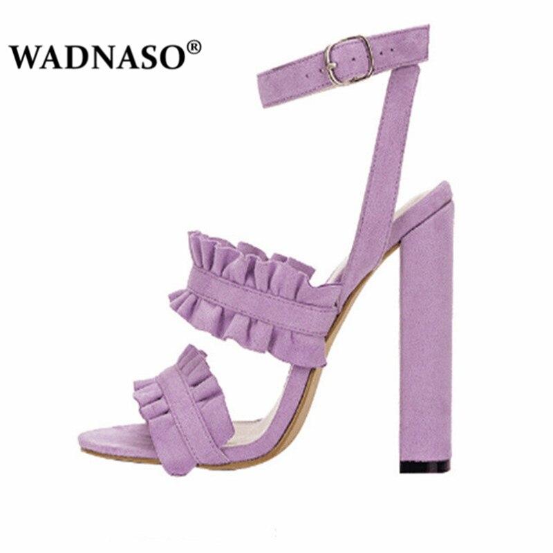 Women-Sandals-Woman-Summer-Style-Bohemia-High-Heel-Vintage-Flowers-Women-Yellow-Beige-Shoes-Sandals-Pumps.jpg_640x640 (2)