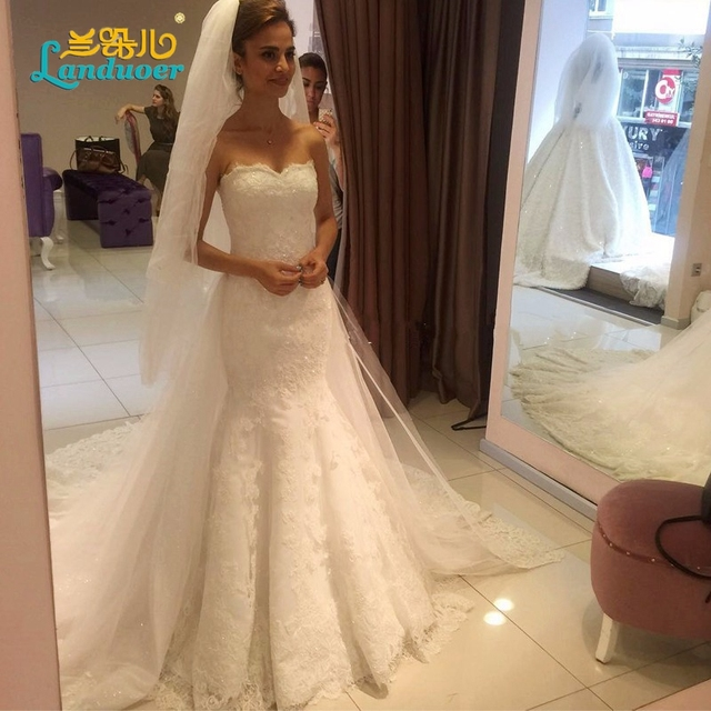 Robe De Mariage Romantic Western Lace Up Wedding Gown Court Long Train Sexy Strapless Vintage