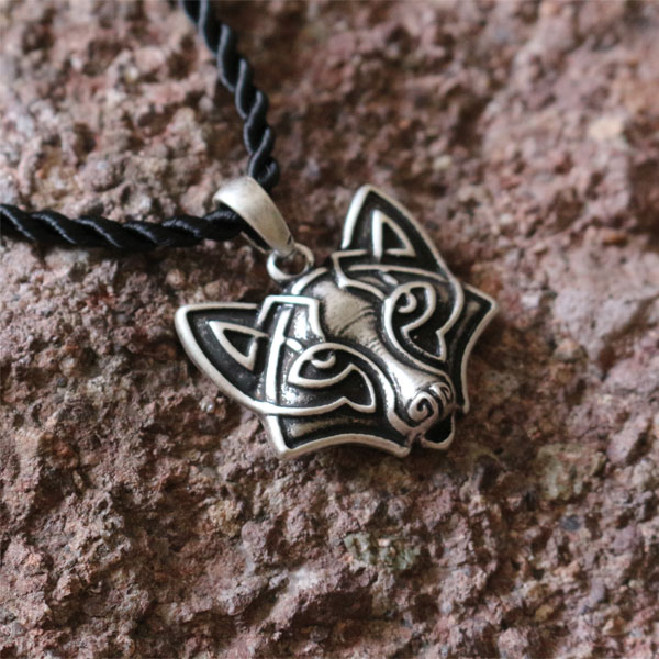 1pcs wholesale Ethnic Fox Pendant,handmade tribal fox, celt fox's head necklace animal amulet jewelry