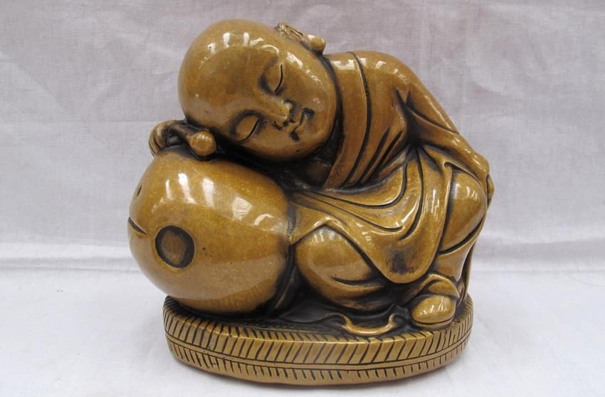 Tibet Pure Bronze Muyu pillow to sleep Buddhist Little monk Buddha StatueTibet Pure Bronze Muyu pillow to sleep Buddhist Little monk Buddha Statue