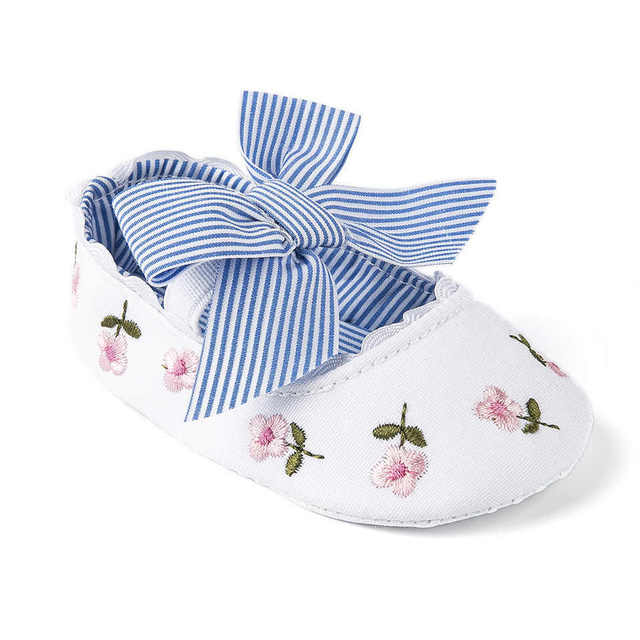 2019 Floral Embroidery Baby Shoes For Newborn Baby Girl Striped Bow First Walker Soft Soles Cute Toddler Anti-Slip Princess Shoe