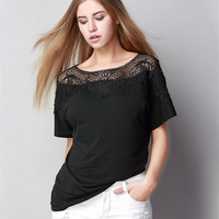 New Lace Stitching T Shirt Women Loose Was Thin Round Collar Hollow Tshirt Large Size Summer