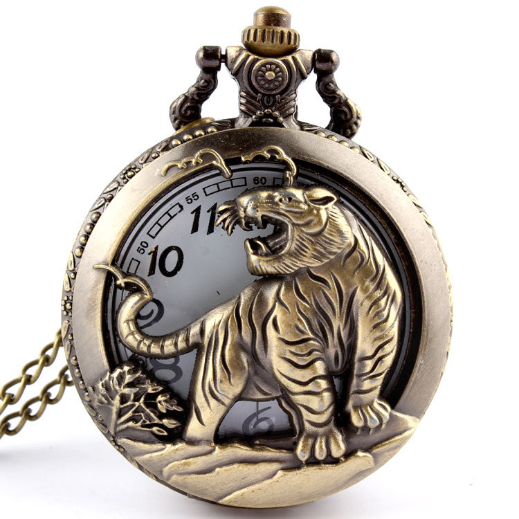 Hot Free shipping Bronze Tiger Hollow Quartz Pocket Watch Necklace Pendant  Chinese Zodiac 12 Carving Back Womens Men GIfts P251 long yi painted red lacquer carving pendant with rich fish car hongfu snake zodiac mascot 2000599 years