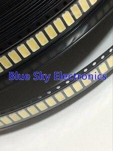 Image 1 - 500pcs SAMSUNG LED Backlight 0.6W 6V 5630 Cool white SPBWH1531S2AVDWBIB LCD Backlight for TV TV Application